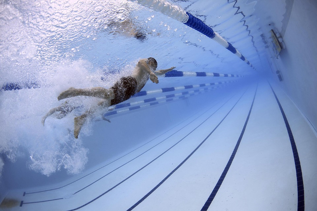 Kokias baseinų priežiūros priemones pasirinkti